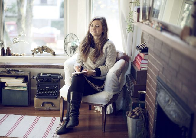 Julie Pointer, Kinfolk (shot by d'art photographie). love the typewriter on top of the suitcase!
