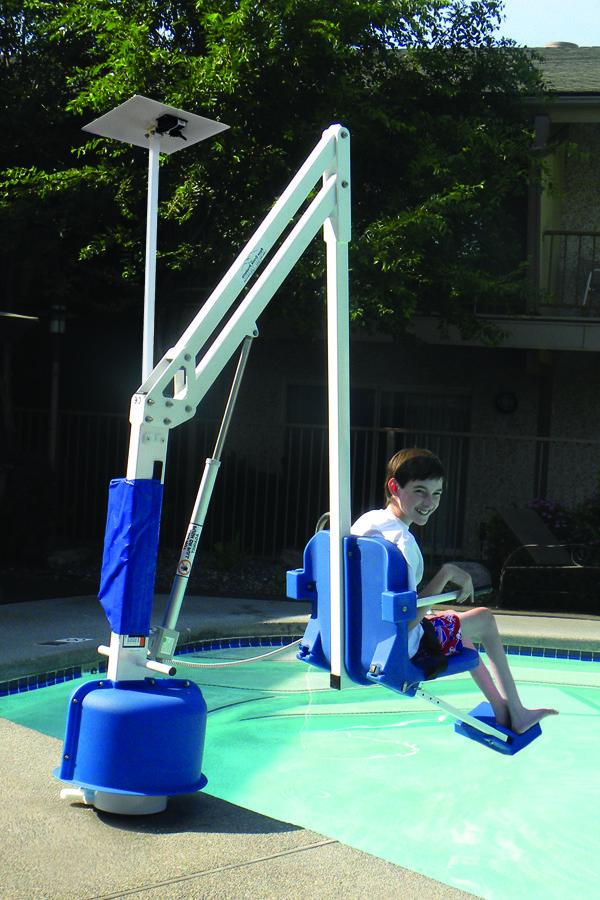 Pin By Sharman H On Pool Swimming Pool Steps Pool Spa Pool