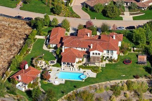 Khloe Kardashian House #khloekardashianhouse Celebrity House Khloe Kardashian Buys a New Home From a Major Pop Star #khloekardashian Khloe Kardashian House #khloekardashianhouse Celebrity House Khloe Kardashian Buys a New Home From a Major Pop Star #khloekardashianhouse