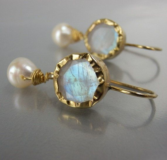 Hey, I found this really awesome Etsy listing at https://www.etsy.com/listing/219615823/9k-solid-gold-earrings-moonstone-pearl