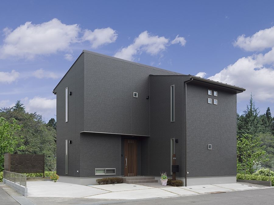 黒を基調とした和モダンの家 ウンノハウス住まいの実例集 住宅 外観