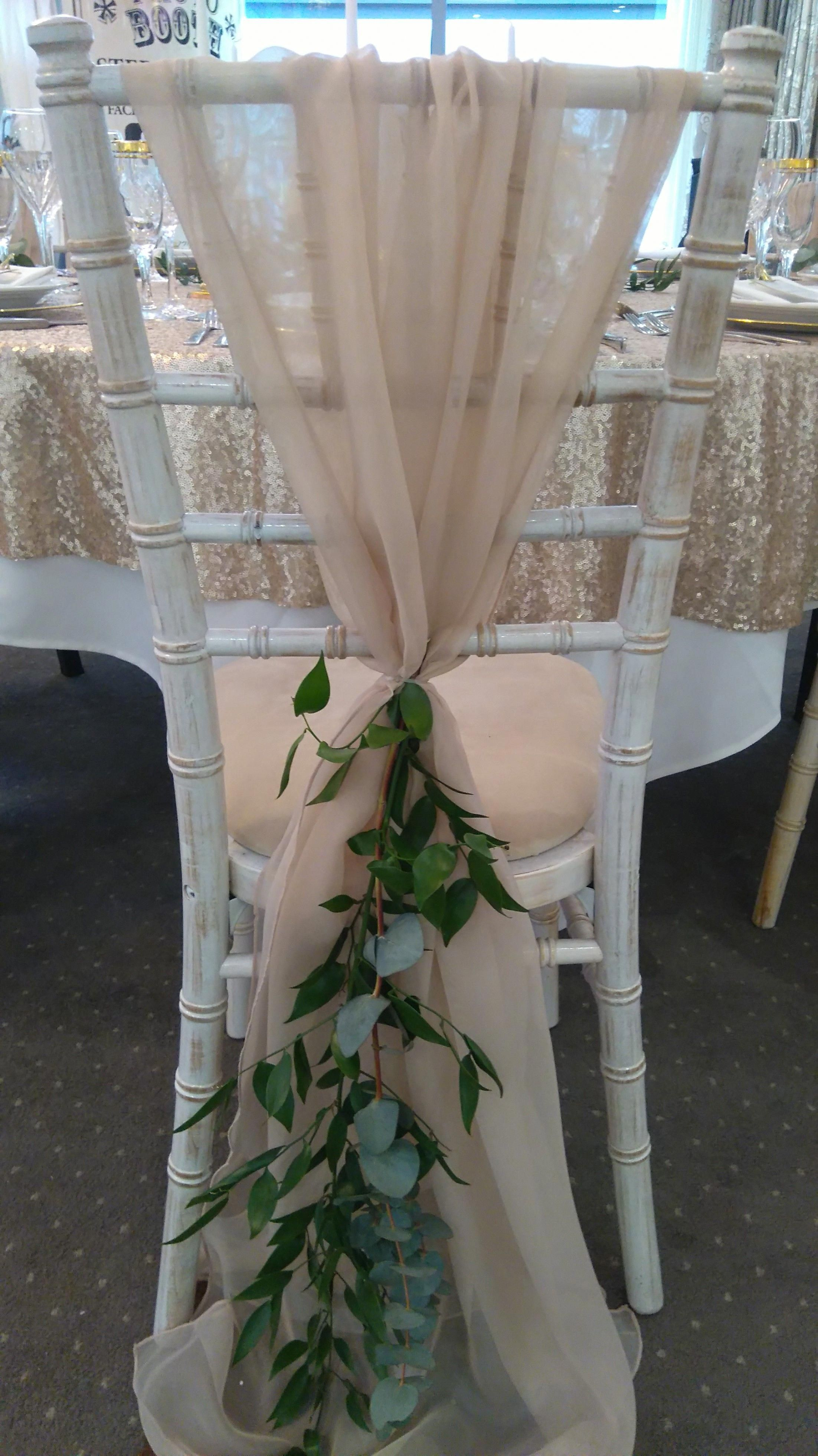 Pin by Vanessa on Wedding (With images) | Chair covers ...