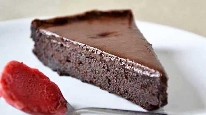 Gâteau minute au chocolat   Gateau chocolat, Recette ...