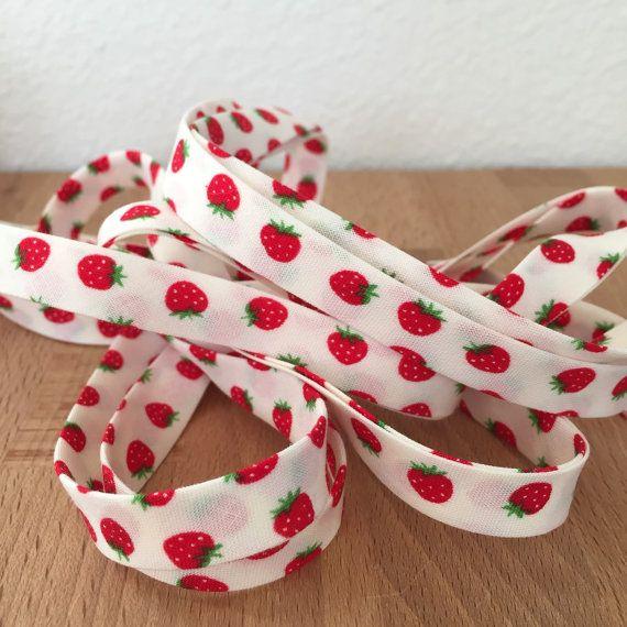 Lecien Minny Muu Strawberries 1/2 Double-fold 100% By