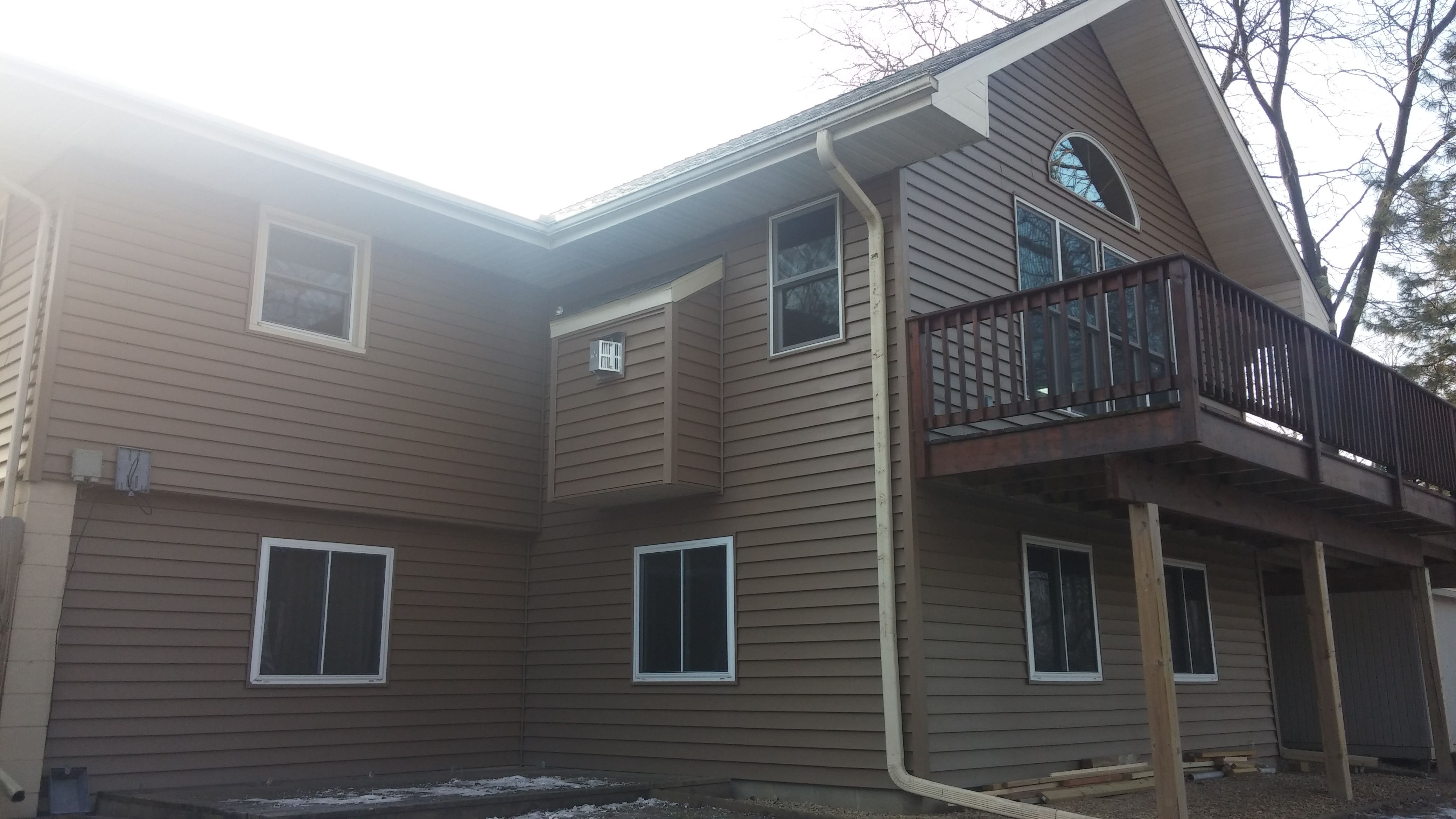 New Vinyl Siding In Fridley Mn Certainteed Hearthstone Color House Siding Siding Options Certainteed