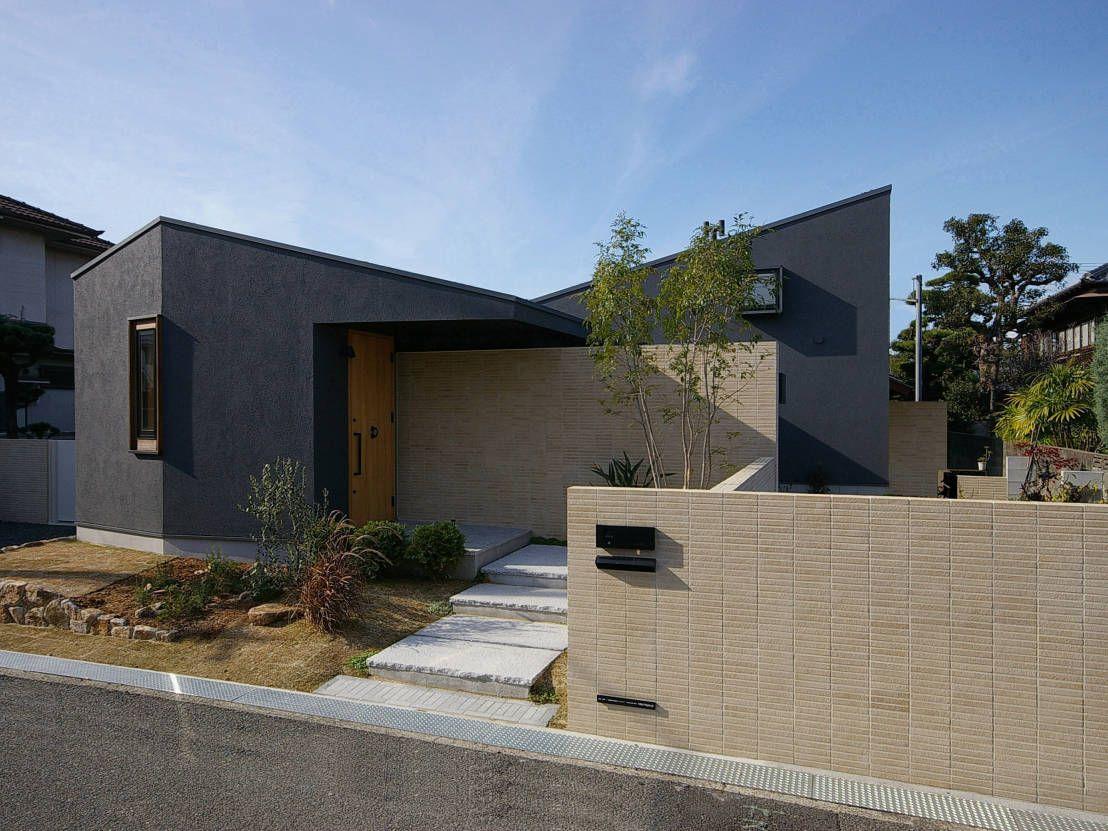 縁側のある和モダンな平屋 縁側のある家 平屋 外観 モダン 日本の
