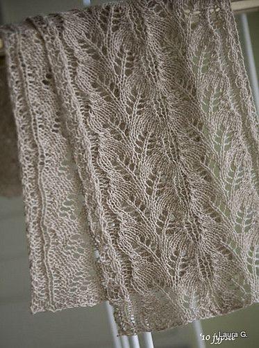 Lovely scarf, free pattern