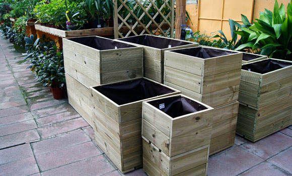 macetas y jardineras de madera