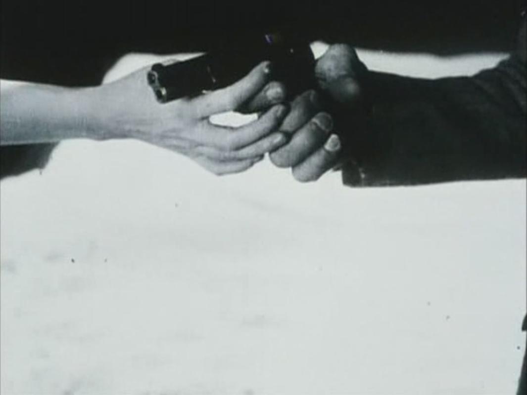 """All you need for a movie is a gun and a girl"" Godard - Buscar con Google"