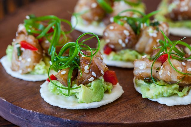 Wasabi shrimp with avocado on rice cracker recipe for Canape recipes