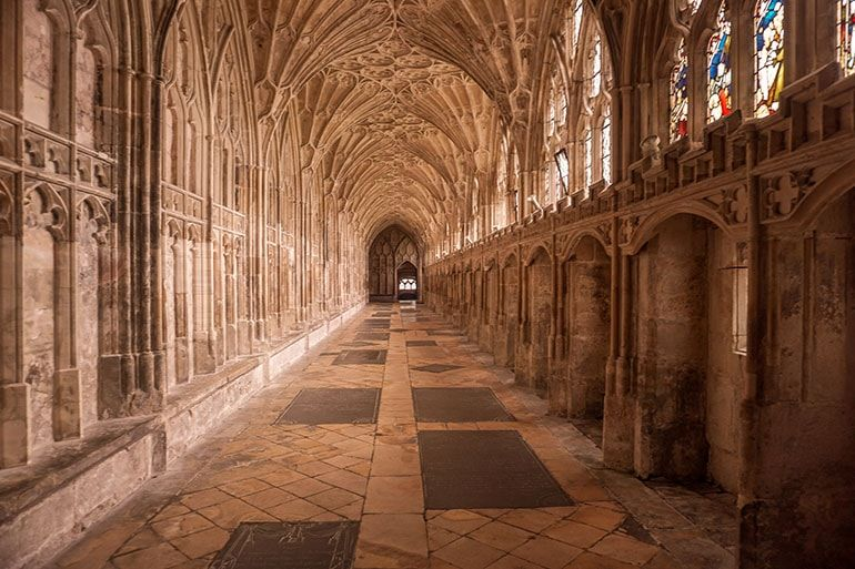 Ultimate Harry Potter Guide To Gloucester One Step Wanderer Harry Potter Filming Locations Filming Locations England Travel Guide
