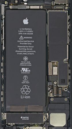 Turn Your Phone Inside Out: iPhone 7 and 7 Plus Internals Wallpapers