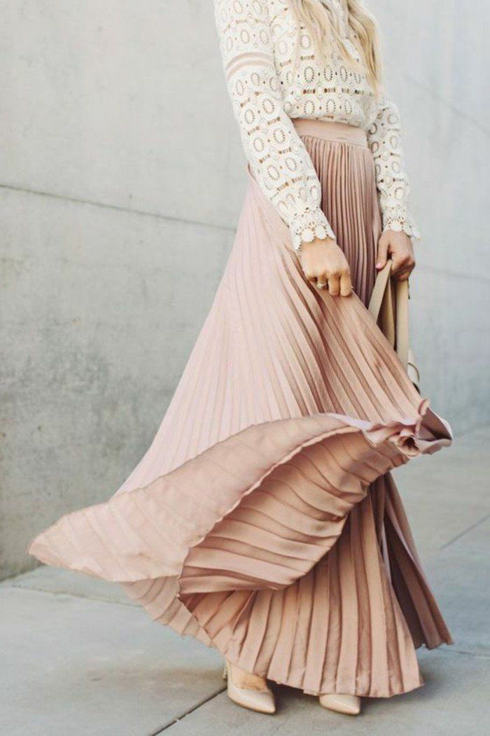 Comment porter la jupe longue pliss e 80 id es couleur for La couleur rose pale