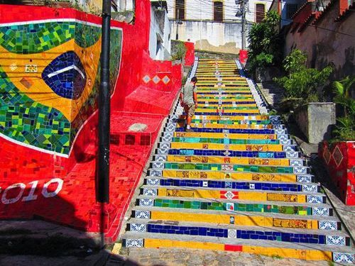 Awesome Street Art: 17 of The Most Wonderful Painted Stairs In The World » FREEYORK