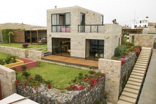 Casa ALR / Vicca Verde Fachadas casas minimalistas