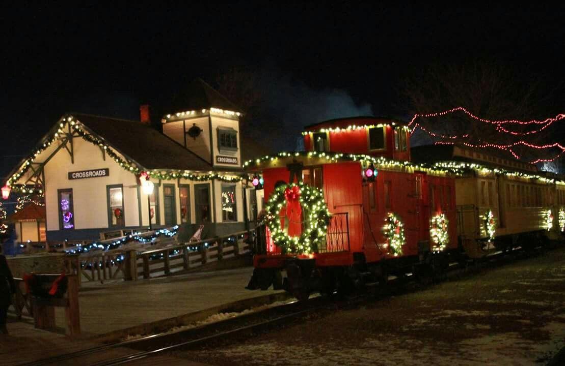 christmas at crossroads village huckleberry railroad flint mi
