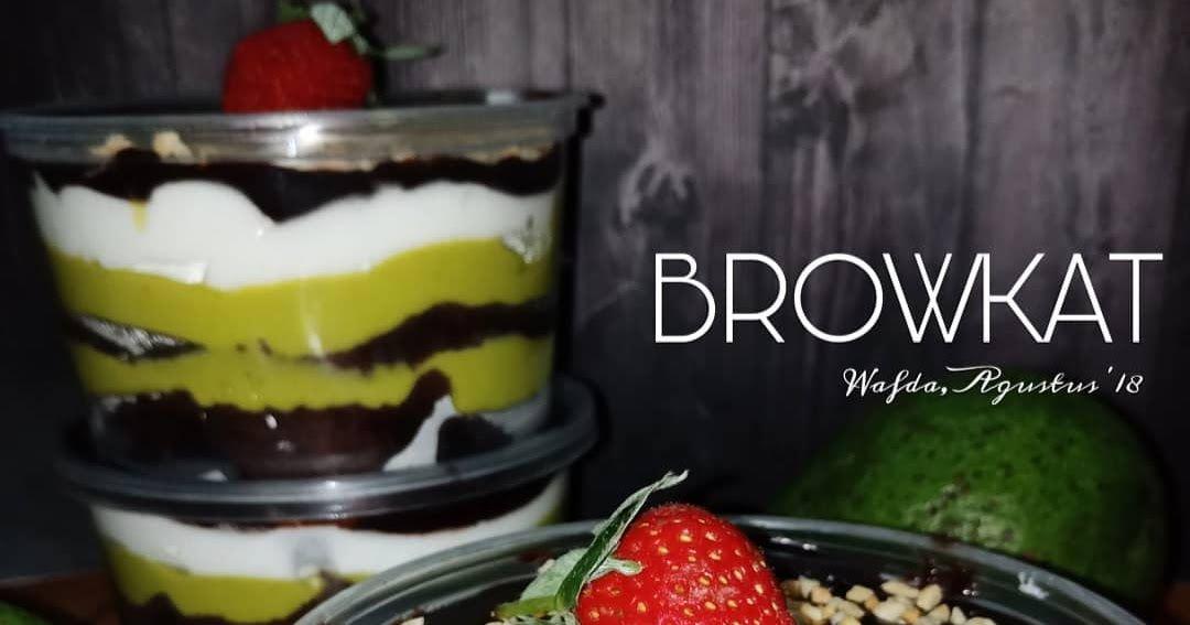 Resep Browkat Brownies Alpukat Dan Cara Membuat Brownies Coklat Lapis Krim Alpukat Lengkap Bahan Bikin Browies Alpukat Des Ide Makanan Hidangan Penutup Makanan
