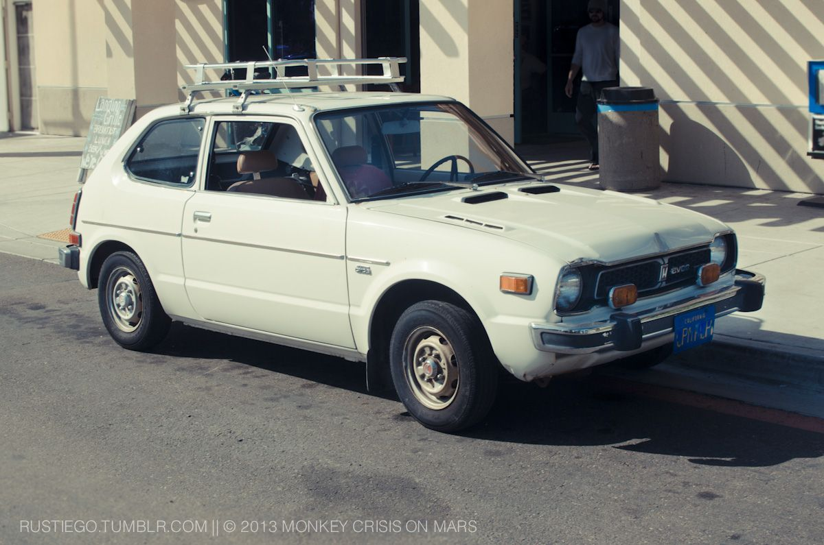 Daily driven first generation Honda Civic want one