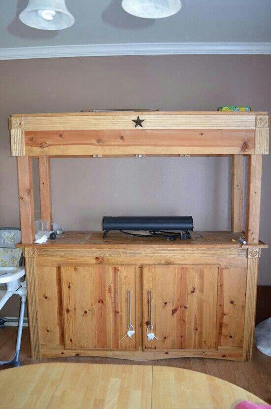 Mueble rustico para pecera muebles para peceras - Pecera de pared ...