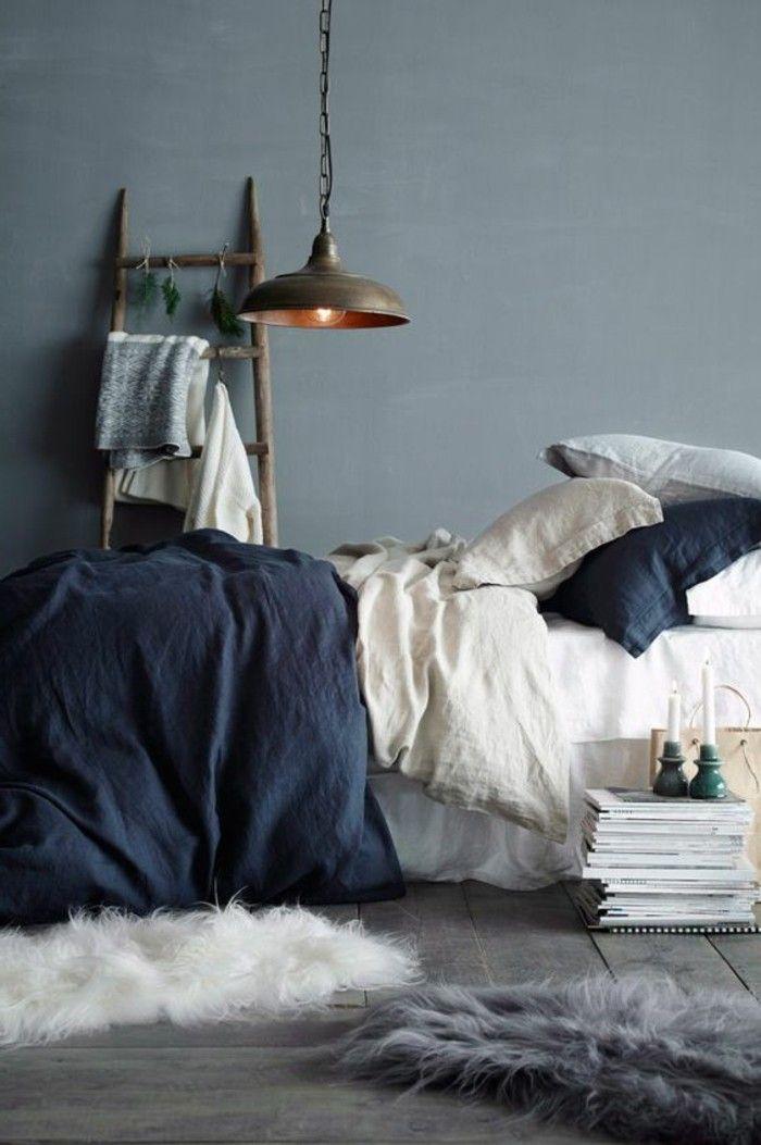 Entzuckend Schlafzimmergestaltung Graue Wandfarbe Blaue Bettwäsche Und Weiße Akzente