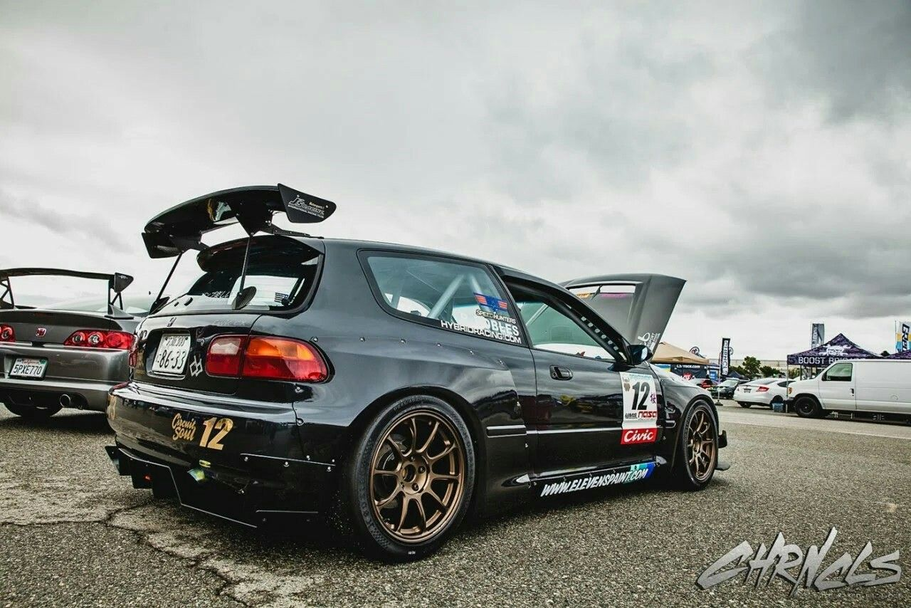 Rear Tra Kyoto Over Fenders With A Rear Diffuser And J S Racing Gt Wing Carros Carros Potentes Auto