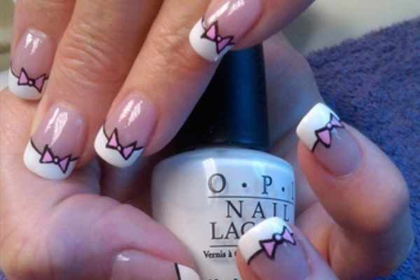 Pretty-Pink-Bow-Nails