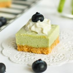 Green Tea Cheesecake Bites - Easy, no-bake and with a light Matcha cheesecake filling