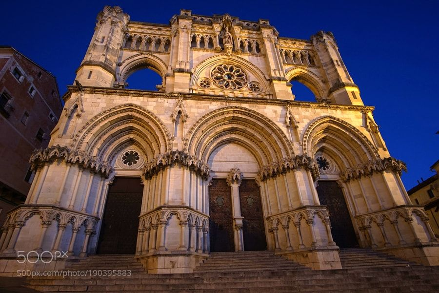 Main facade of the Cathedral of Cuenca by yuturjpd