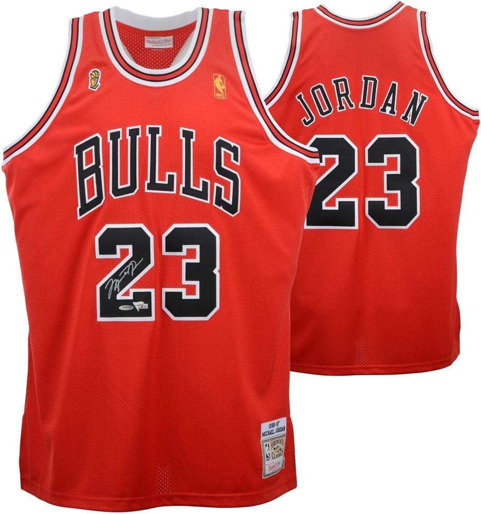 cheap for discount 2d3c1 b3659 Autographed Michael Jordan Bulls Jersey Fanatics Authentic ...
