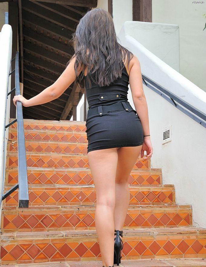 Alexa chung up skirt upskirt