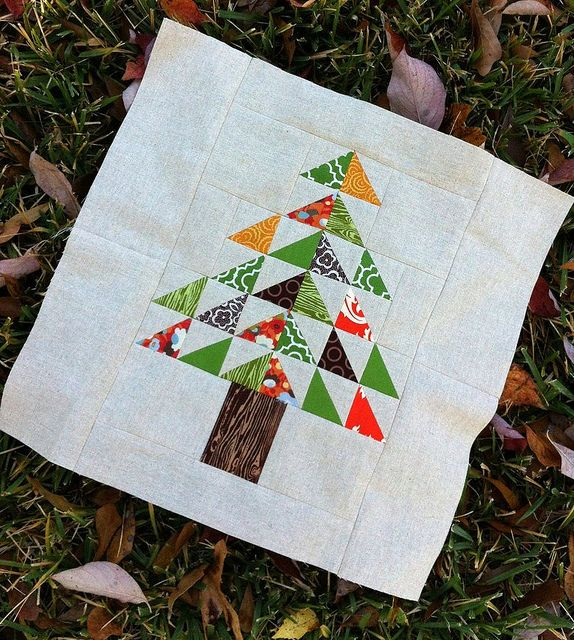 Christmas Tree Table Runner Quilt Pattern: Christmas Tree Quilt