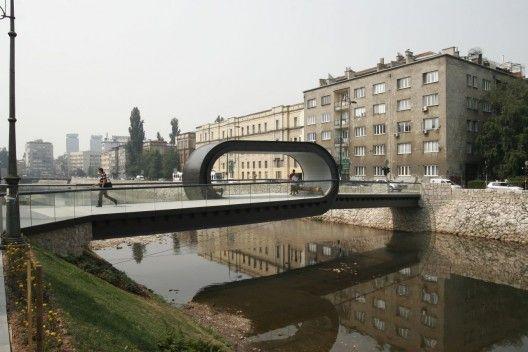 Puente inusual en Sarajevo