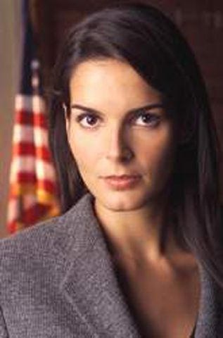 A D A Abbie Carmichael Was A Conservative And Very Tough Prosecutor Angie Harmon Angie Diane Neal