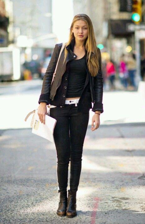 Gigi Hadid streetstyle