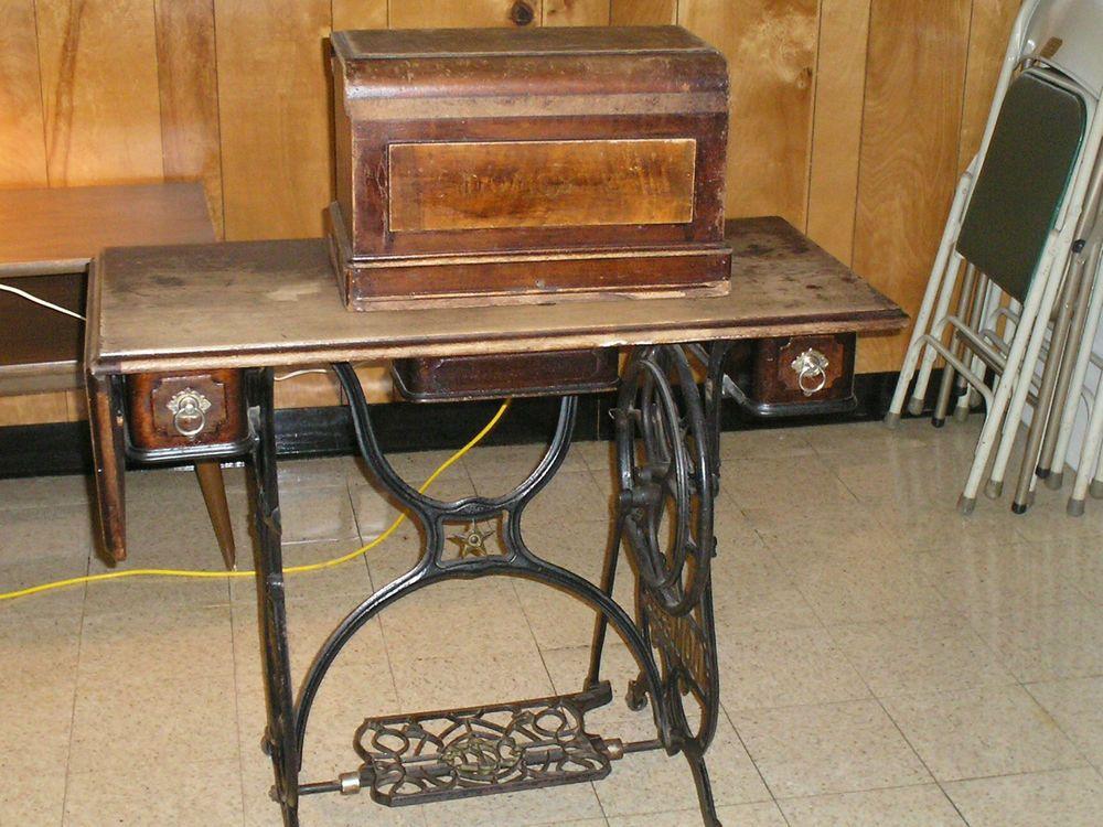 Antique Domestic Brand Treadle Sewing Machine Late 40Early 40's Custom Antique Domestic Sewing Machine