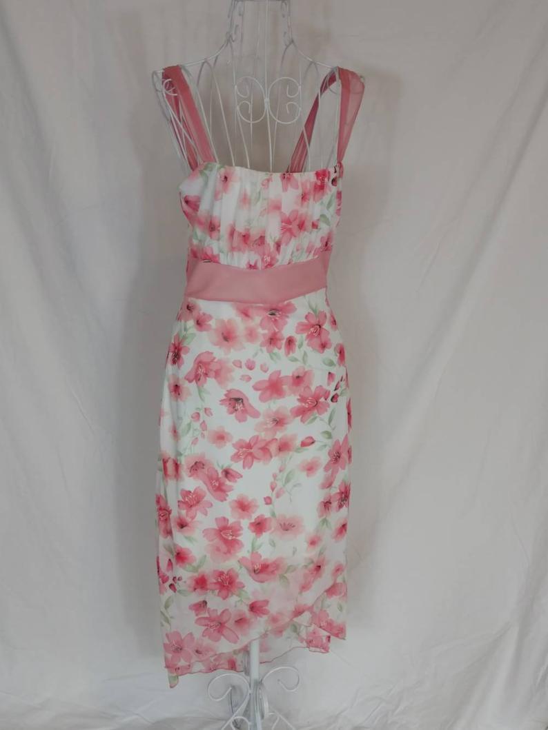 Vintage Garden Party Dress Pink White Floral Sleeveless Etsy Sleeveless Floral Dress Garden Party Dress Sleeveless Dress Summer [ 1059 x 794 Pixel ]