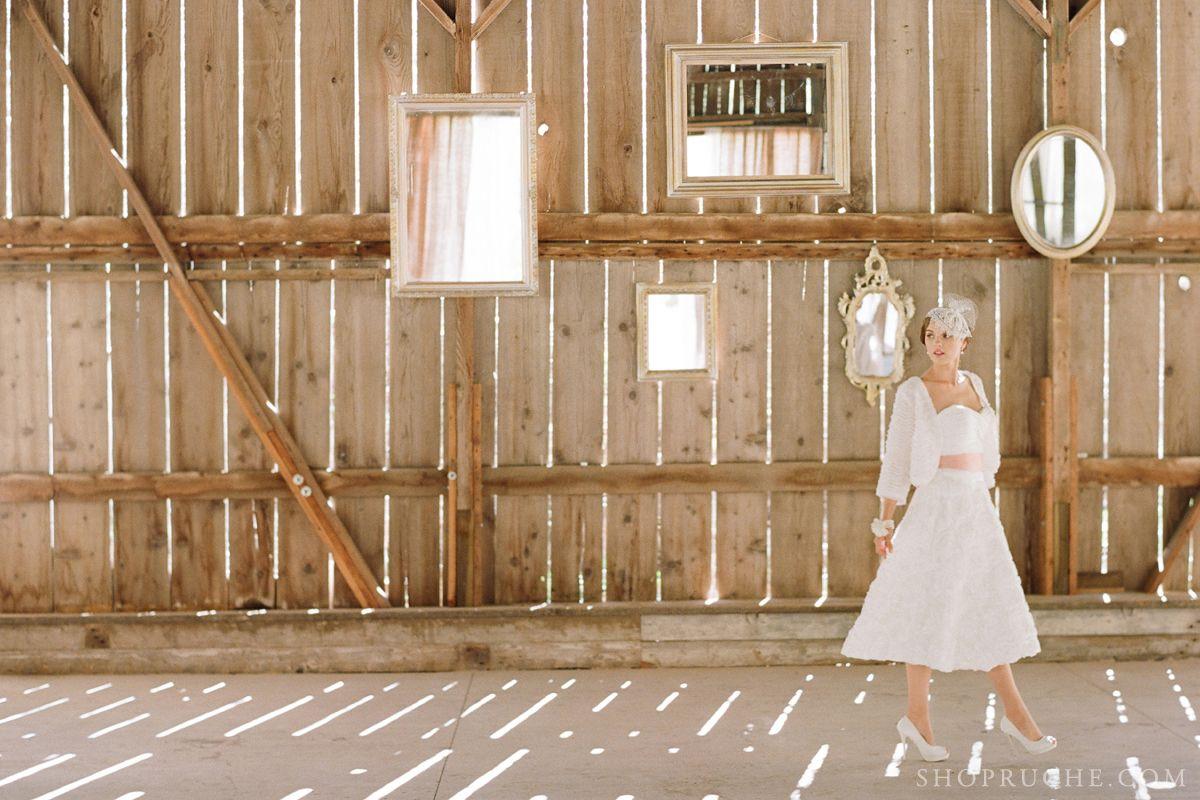 Mirrors are the perfect vintage decor bridal wedding ruche