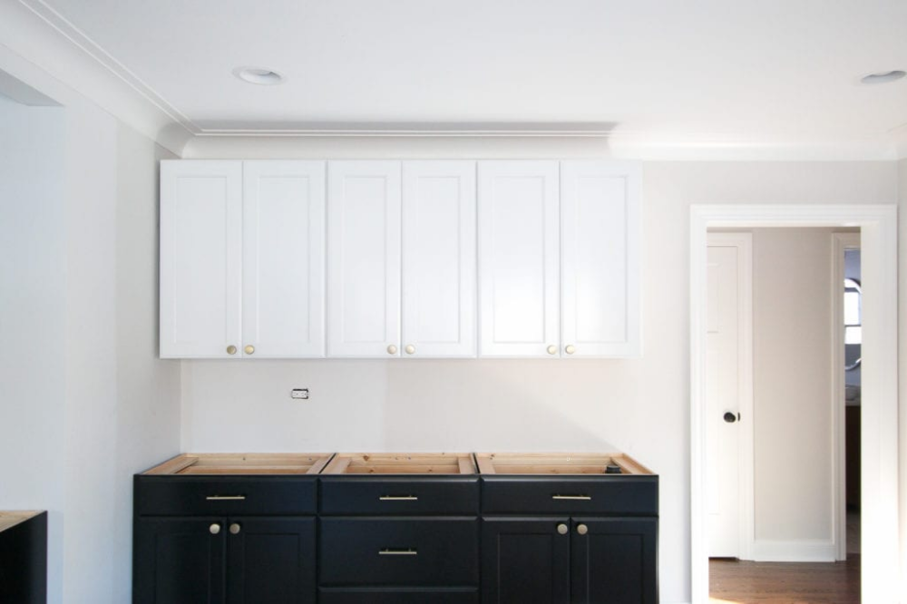 Lowe's Kitchen Cabinets: Colors, Size, + Cost | Lowes ...