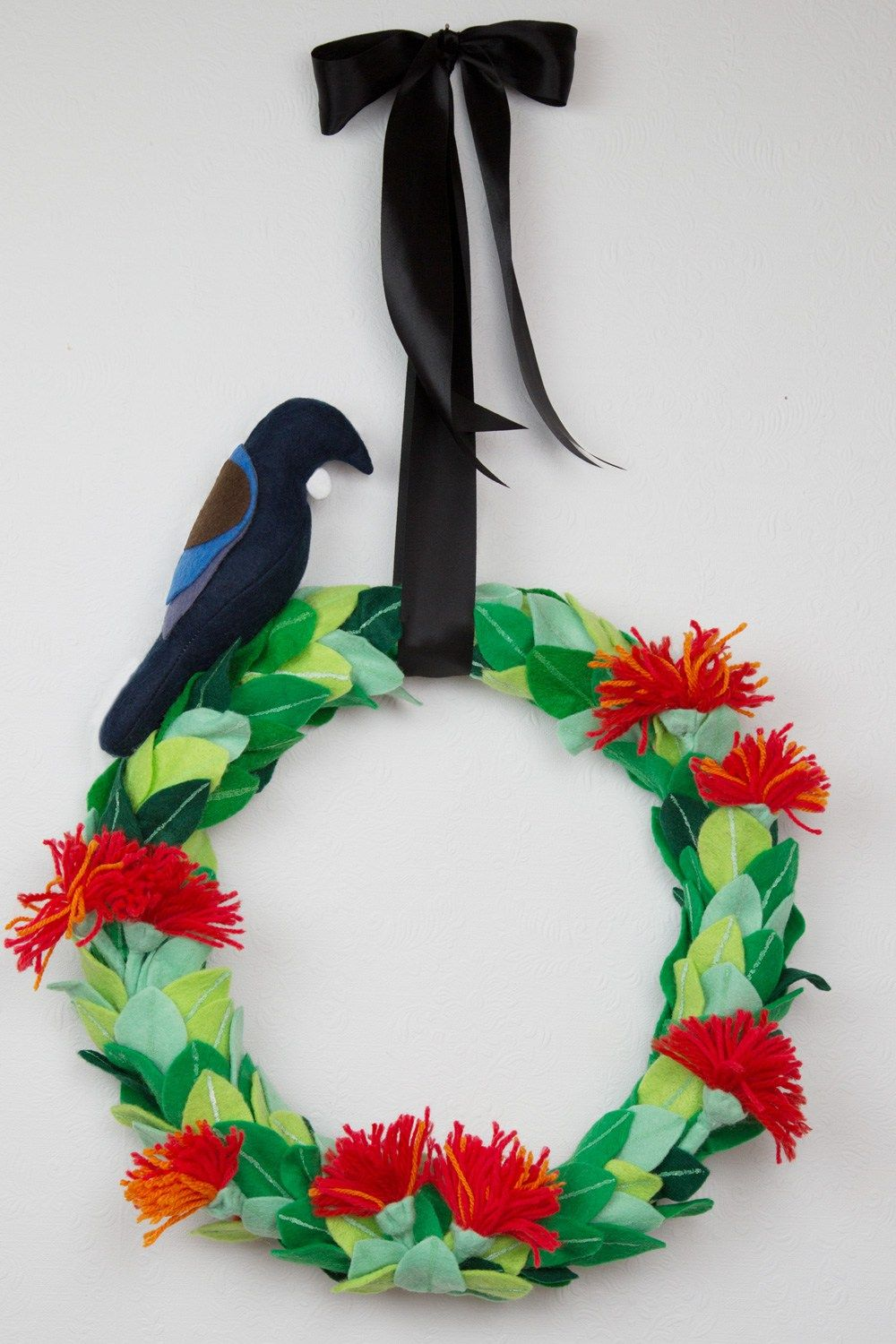 Hand Crafted Pohutukawa And Tui Christmas Wreath Christmas Wreaths Diy Summer Christmas Christmas Wreaths