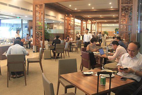 phòng chờ Bông Sen sân bay Nội Bài