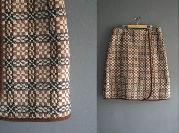Welsh Wool Tapestry Pencil Skirt 36 Waist by VioletsAtticVintage #welsh #welshwool #welshtapestry #violetsattic #vintage