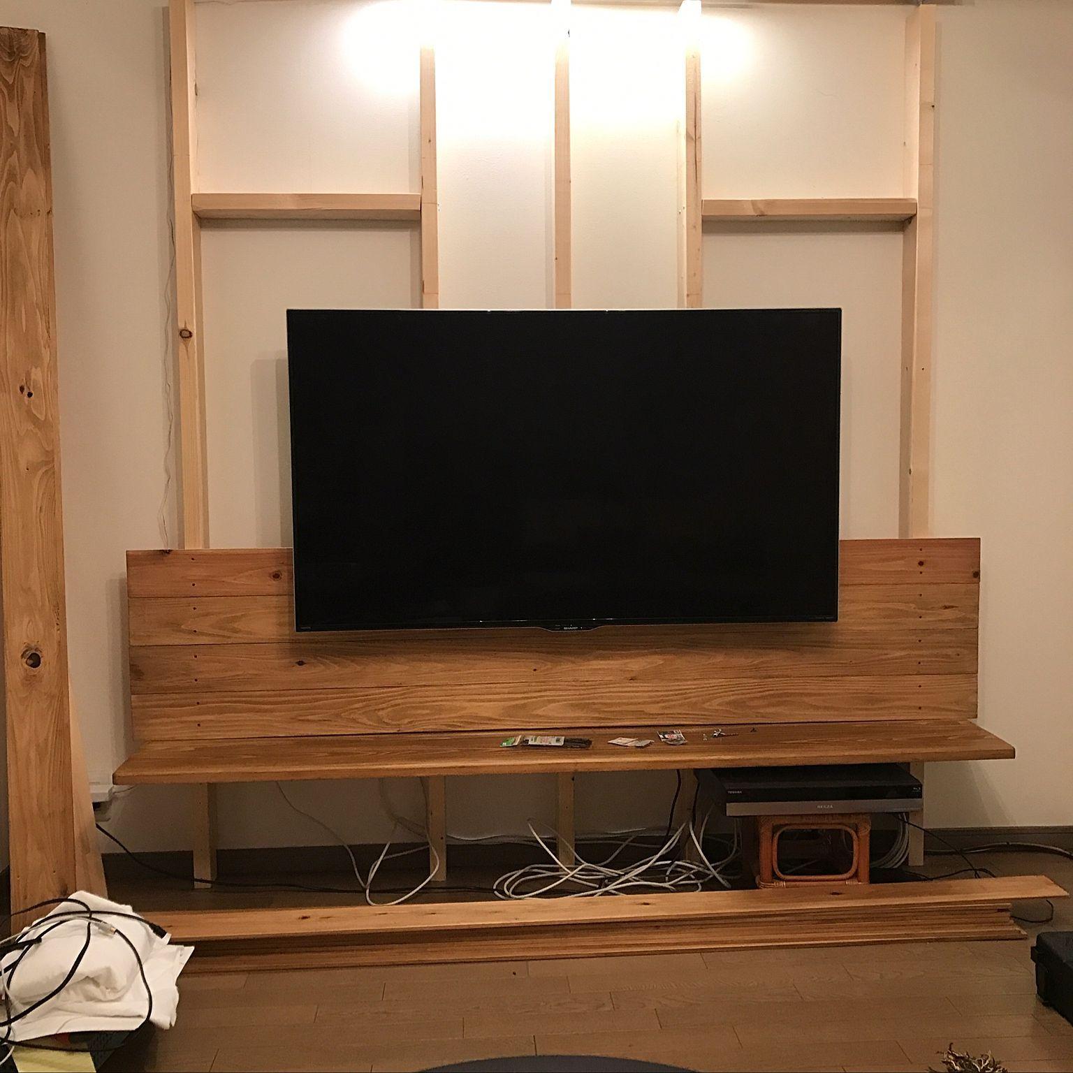 リビング コーナン Diy テレビ壁掛け Woodwork テレビ壁掛け などのインテリア実例 17 01 31 12 34 10 Roomclip ルームクリップ 壁掛けテレビ インテリア 収納 インテリア