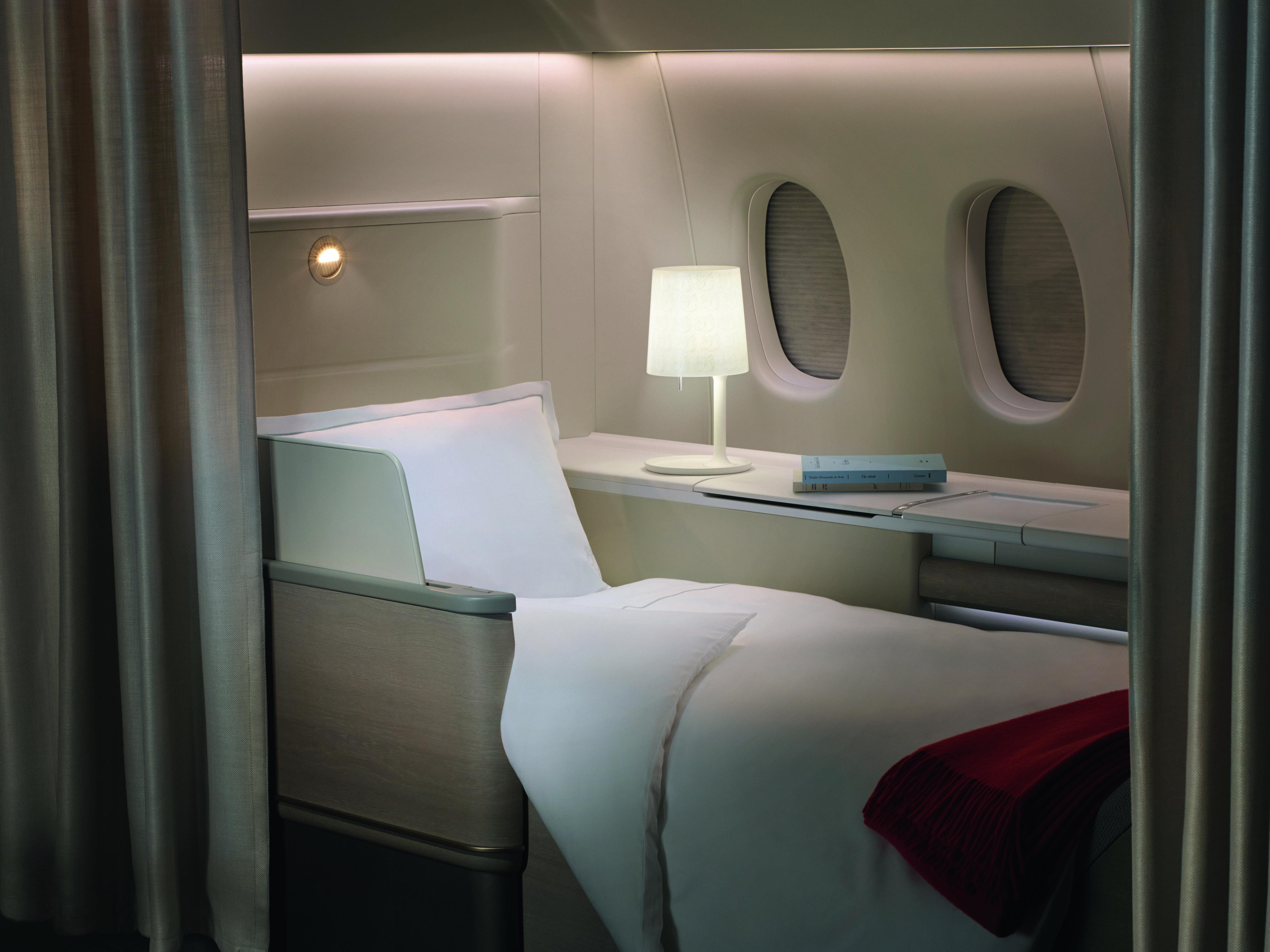 Air France S New First Class La Premiere Cabin Suites Air