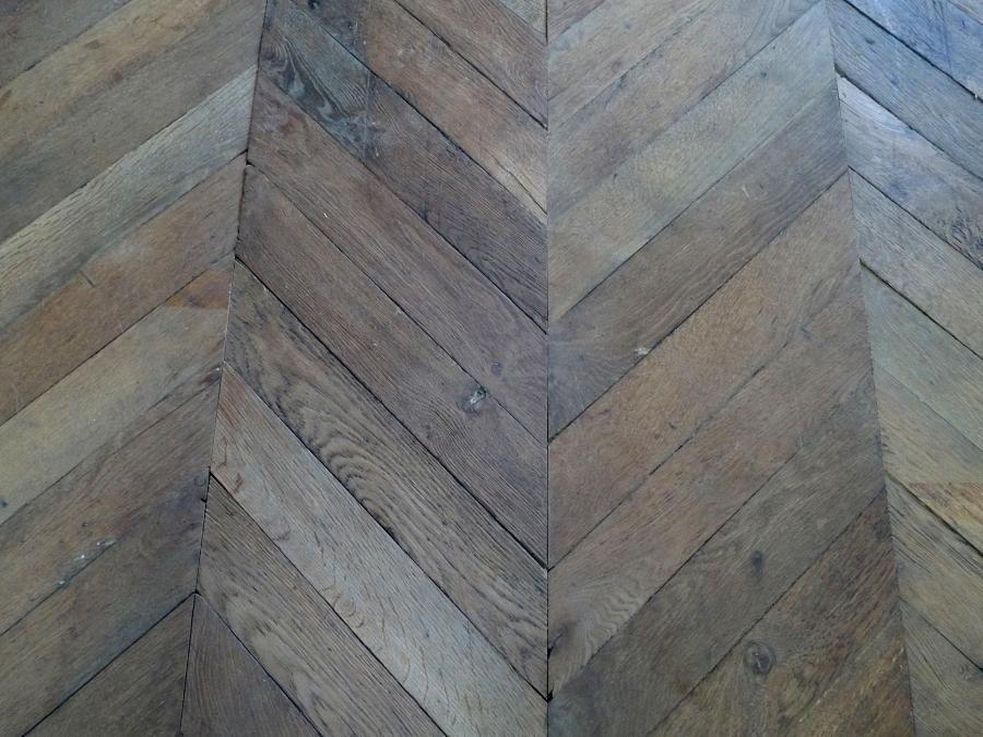 White Oak Chevron Chevron Flooring Revetement De Sol En Bois