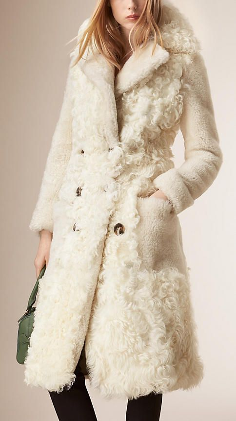 White Fitted Contrast Shearling Coat - | Elegant Outerwear ...