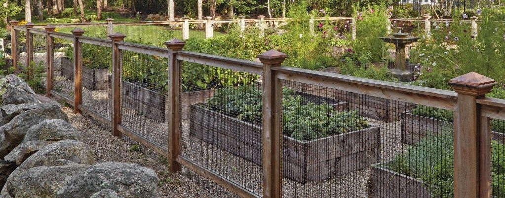 Compare Wood and Iron Types of Fences for Home Design ...