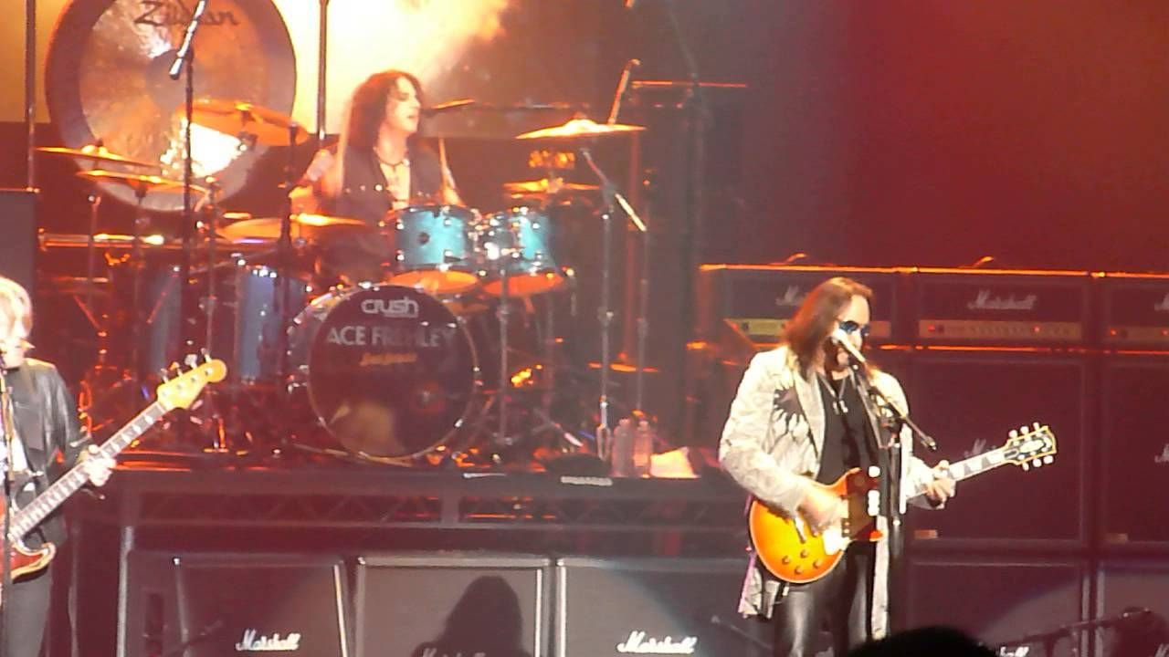 ACE FREHLEY (LIVE) TOYS from STATE THEATRE NEW BRUNSWICK NJ 11/13/14