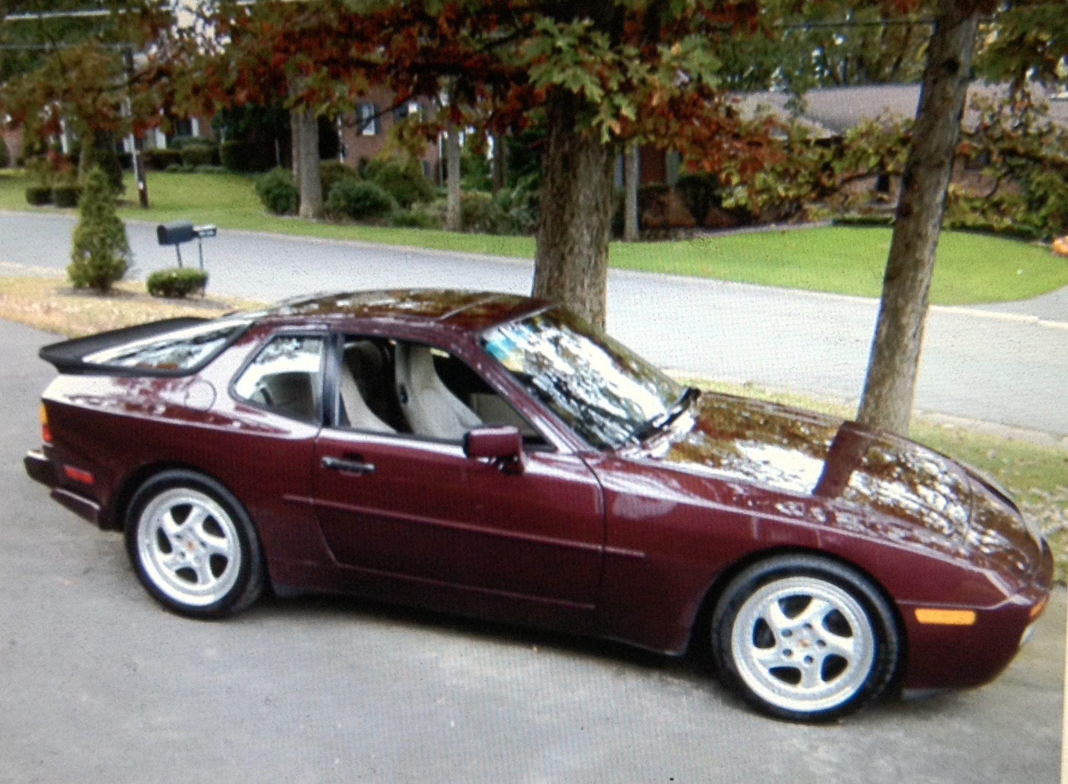 medium resolution of my 1988 porsche 944 turbo s my cars 5 fm porsche porsche 944 vacuum diagram sticker in engine bay for 944 na rennlist discussion