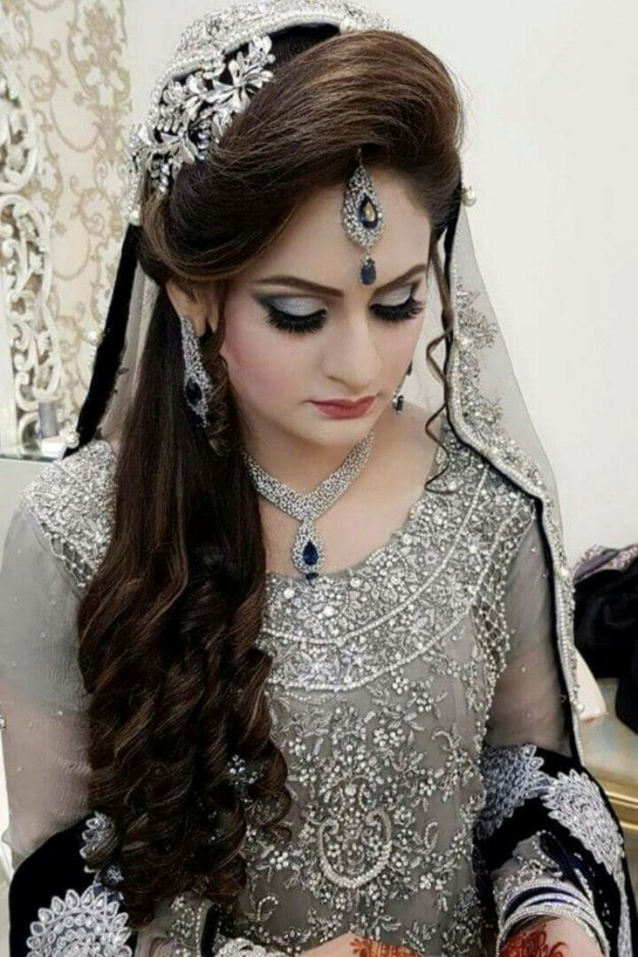 Pinterest Abeera Mehar Pakistani Bridal Hairstyles Indian Bridal Hairstyles Bridal Hairstyle Indian Wedding