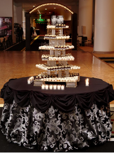 Good Idea For A Cake Table Love The Pinned Up Black Overlay